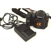 Sony Alpha 100 Body (10,2 Megapixel), Farbe: schwarz