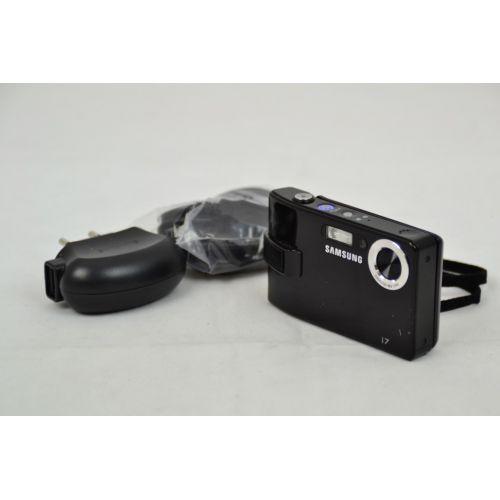 Samsung i7 Digitalkamera gebraucht (7 Megapixel, drehbarer Touchscreen, 450 MB int. Speicher) schwarz