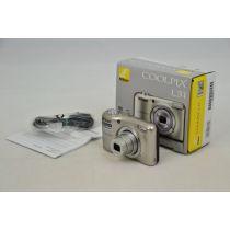 Nikon Coolpix L31 Digitalkamera gebraucht OVP (16 Megapixel, 5-fach opt. Zoom, 6,7 cm (2,6 Zoll) Display, HD-Video) silber