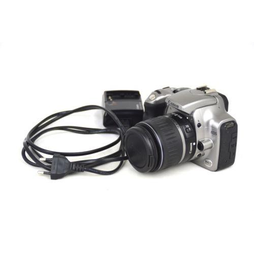 Canon EOS 300D mit Objektiv (6,3 Megapixel) in schwarz