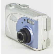 Nikon Coolpix 2000 (2 Megapixel), silber