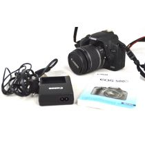 Canon EOS 500D mit Objektiv (15 Megapixel, LiveView, HD-Video), schwarz