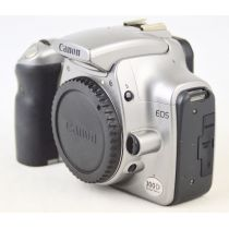 Canon EOS 300D OVP (6,3 Megapixel), Farbe: grau