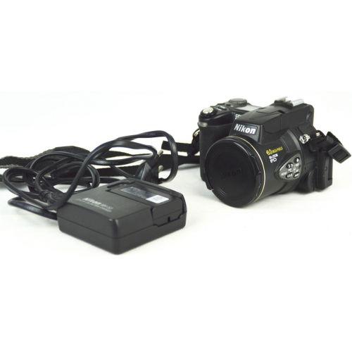 Nikon Coolpix 8700 (8,3 Megapixel), schwarz