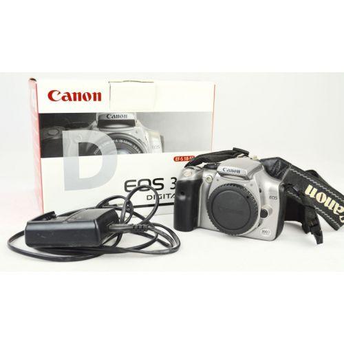 Canon EOS 300D mit OVP (6,3 Megapixel) in grau