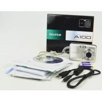 Fujifilm FinePix A100 (10 Megapixel), silber