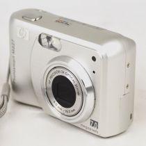 HP Photosmart M627 (7,0 Megapixel) gebrauchte Digitalkamera, Farbe: silber