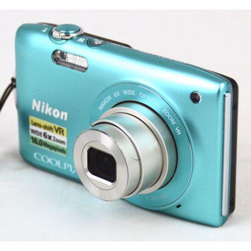 Nikon Coolpix S3300 Digitalkamera DEFEKT (16 Megapixel, 6-fach opt. Zoom, 6,7 cm (2,7 Zoll) Display) türkis