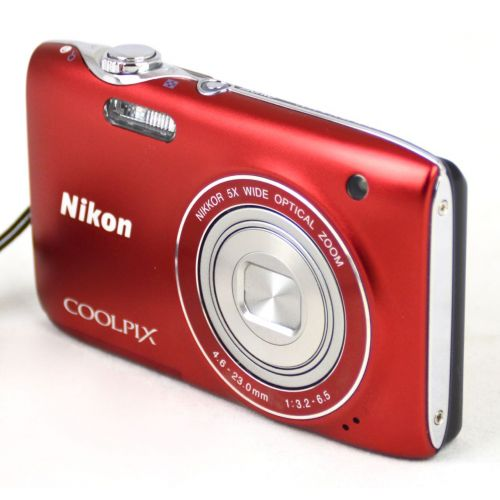Nikon Coolpix S3100 Digitalkamera gebraucht (14 Megapixel, 5-fach opt. Zoom, HD Video) rot