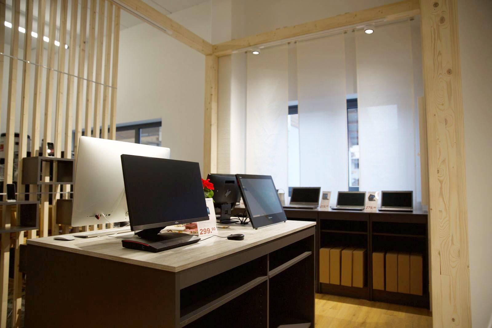 Ansicht IT-Welt24 Flagship Store in Brannenburg